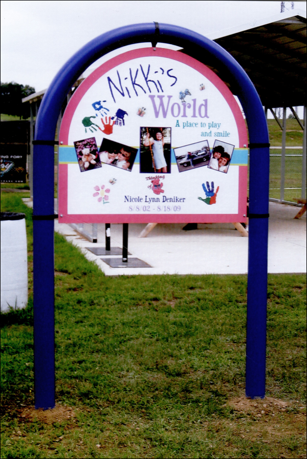 Nikki's World Playgound & Park Sign
